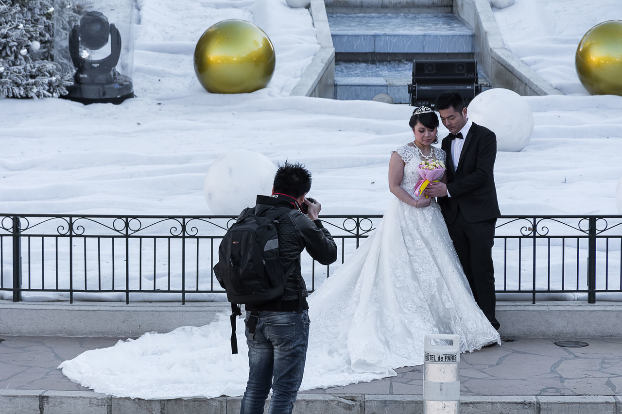 Balloon Bonding Bride Bridegroom Celebration Day Friendship Full Length Groom Happiness Life Events Lifestyles Love Men Outdoors People Real People Standing Togetherness Two People Wedding Wedding Dress Women Young Adult Young Women Live For The Story EyeEmNewHere