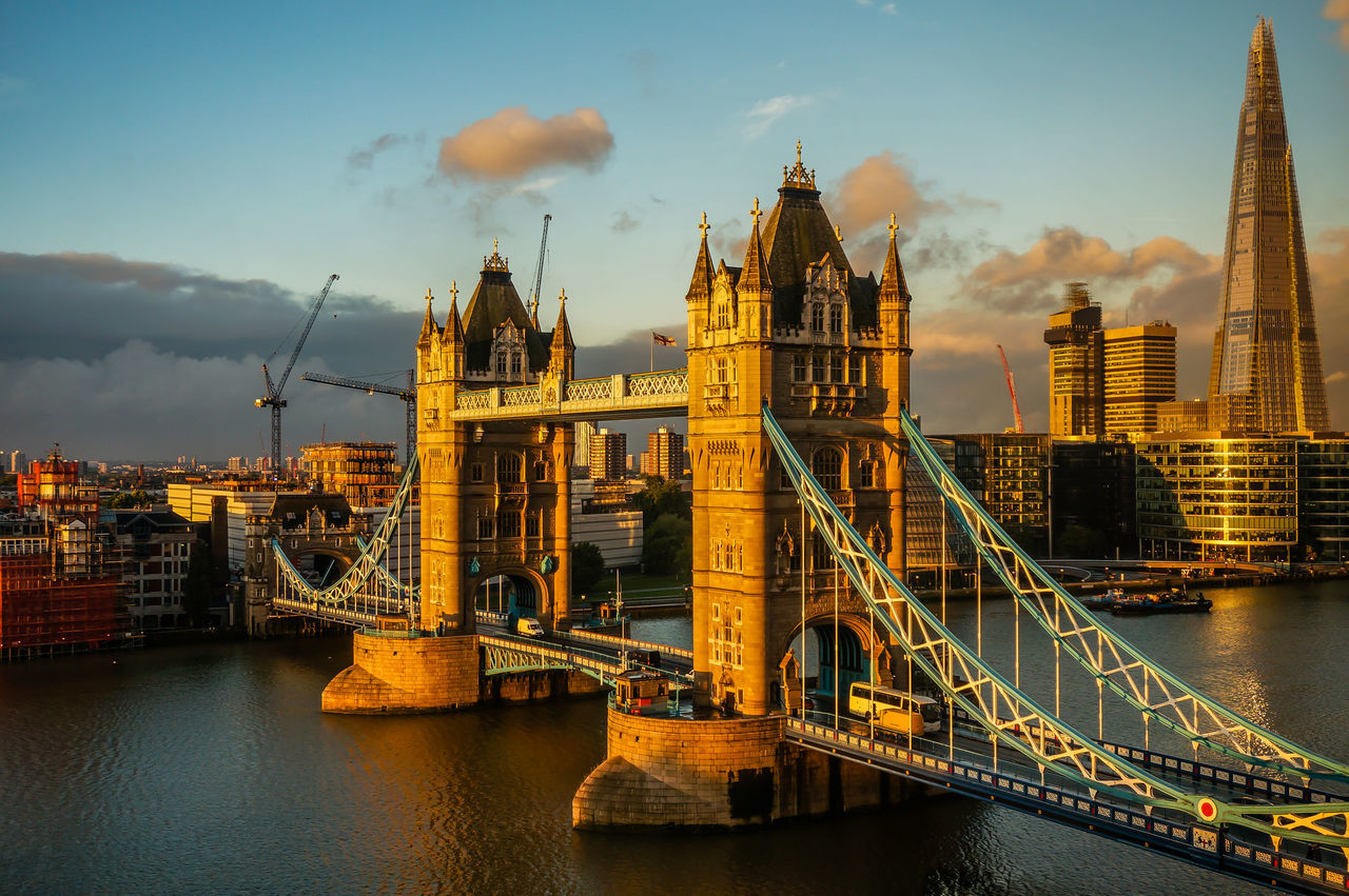 London Towerbridge in the morning Architecture Bridge Bridge - Man Made Structure City London London Sightseeing London Tower Love Sunrise Sunset Thames Themse Tower Bridge  Travel Destinations Water