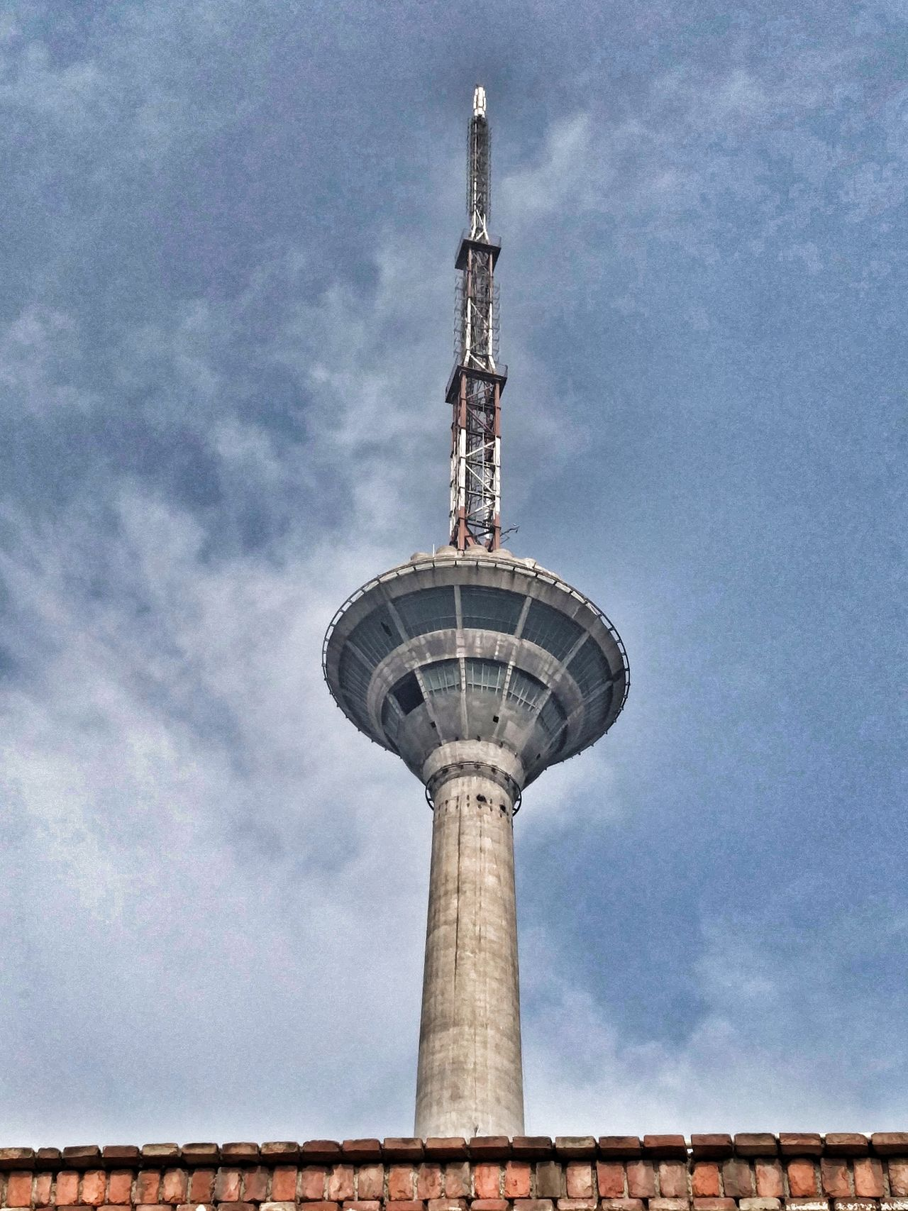 Tower Sky Communication Architecture Global Communications Outdoors Broadcasting Low Angle View City TV Tower Eyeemphotography Eye4photography  Amateur Photographer Oneplus2 Photography India Built Structure Towers And Sky