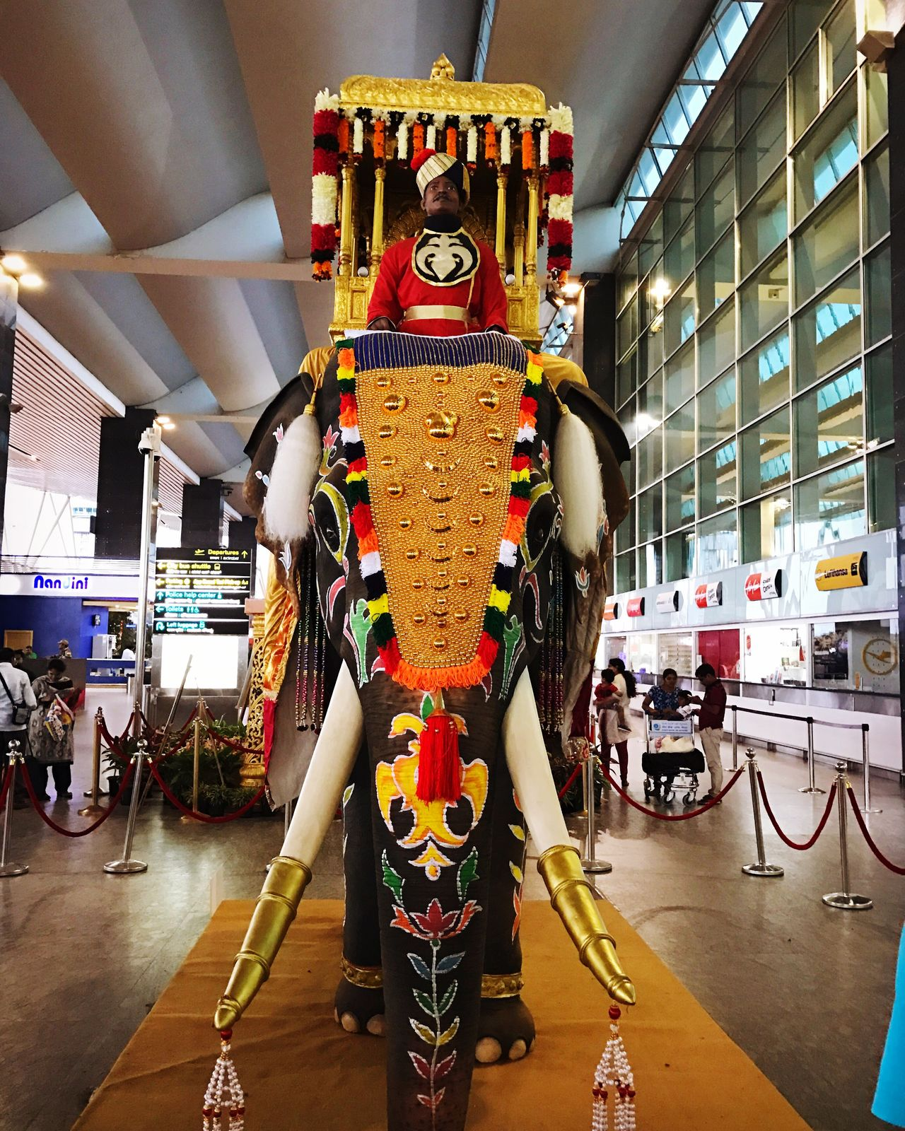 Incredible Art Installation at Bangalore Airport to announce the arrival of the festive season. Great details on the IPhone7Plus camera!
