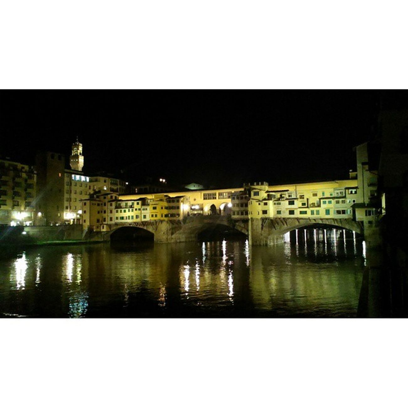 Firenze Pontevecchio Fiumearno Igersfirenze arno toscana tuscany torrediarnolfo palazzovecchio architettura architecture vscotuscanyvsco vscocam art arte rinascimento