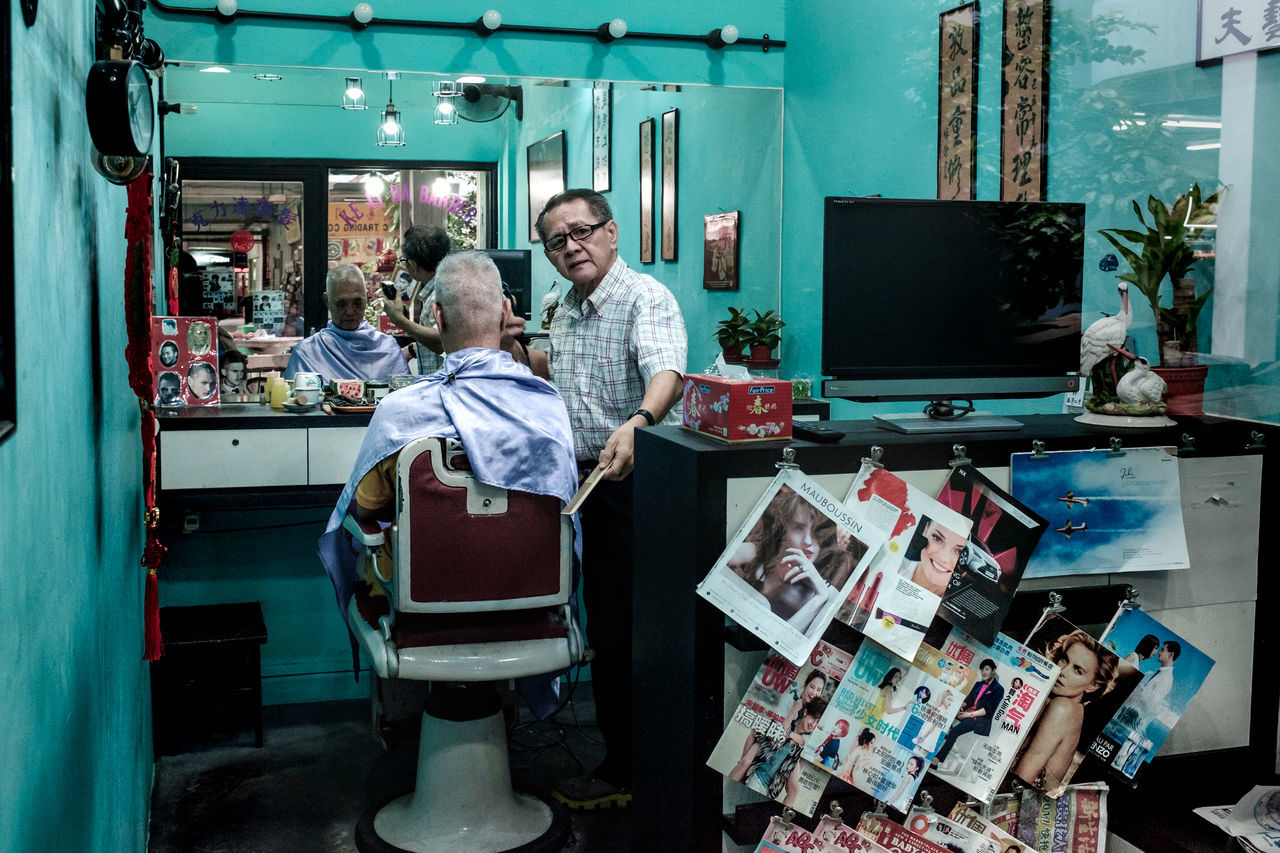 Old Barber Shop Two People Small Business Adult Indoors  Occupation Men Portrait Haircut Old Men Singapore Street Photography Streetphotography Streetphoto_color Street Life Streetlife Everybodystreet FUJIFILM X100S
