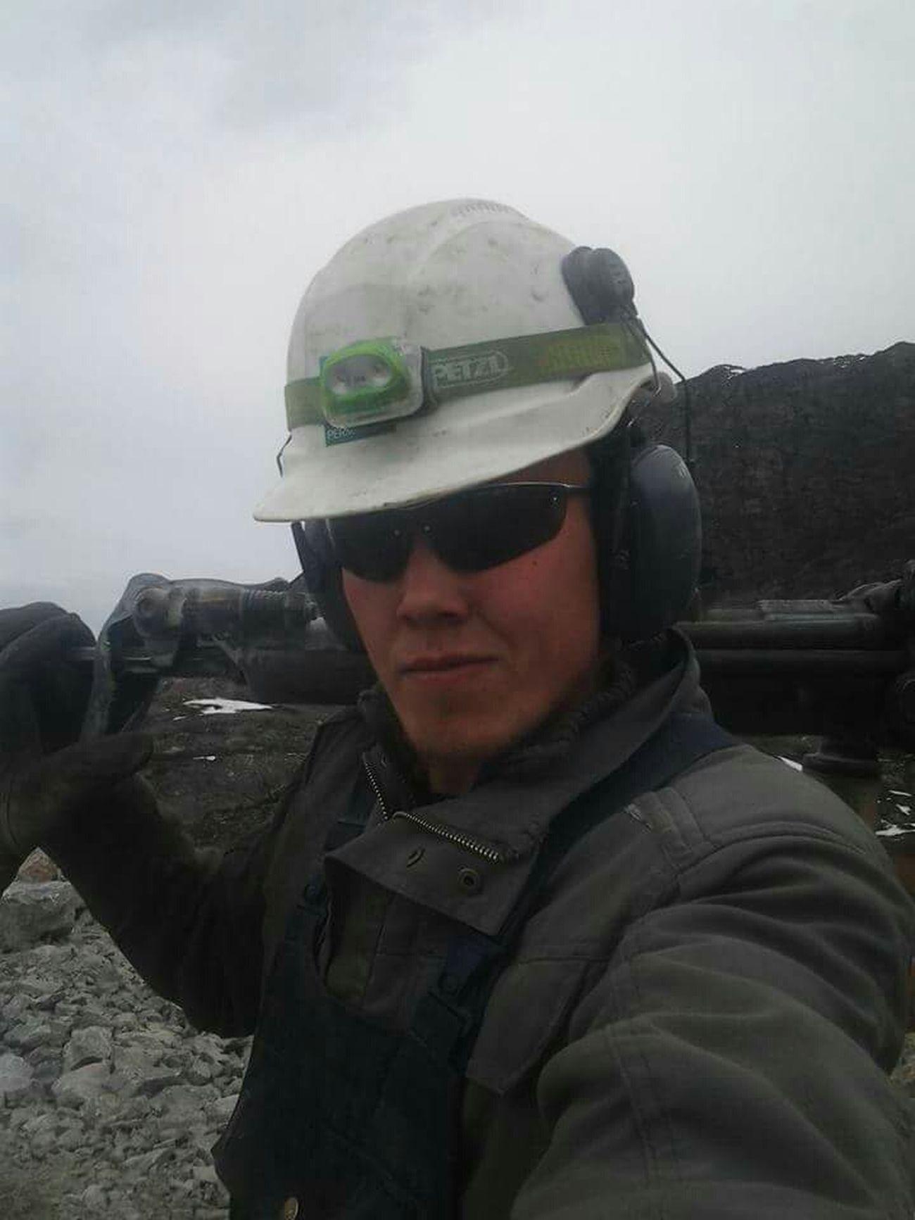 Took a Selfie ✌ after Drilling. Up North At Work Enjoying Life One Of My Favorite Things Hello World Selfienation Sisimiut