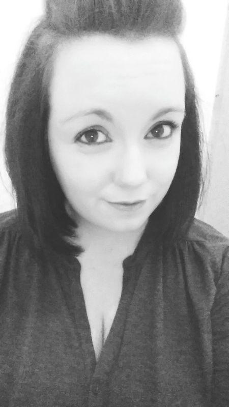 Selfie from the other night Selfie ThatsMe Scottish Lass Happy Drinks Blackandwhite