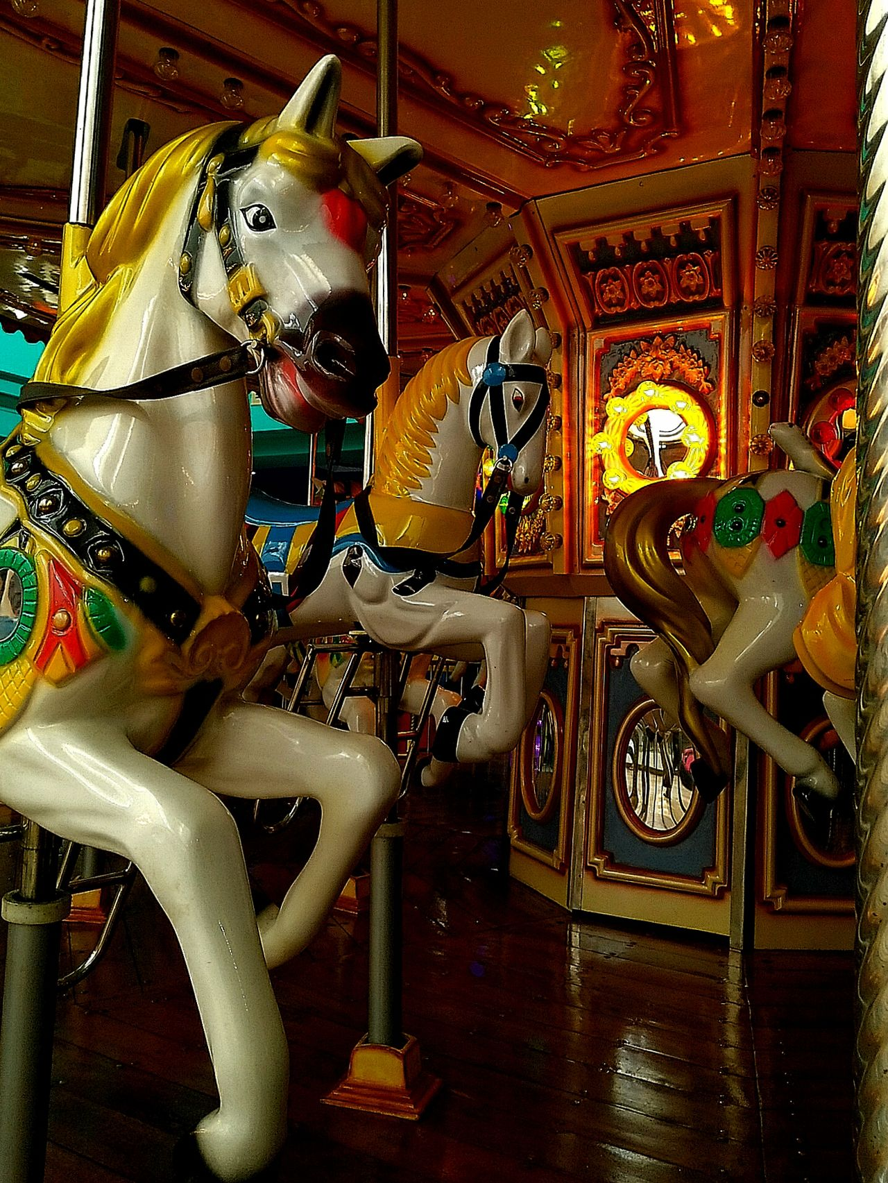 Merry Go Round Merrygoround Merrygoround Horse Playground Equipment Exibition Hall Merry Go Round Horse Horse Riding Carousel Ride Carousel Horses Carousel Lights Carousel Details