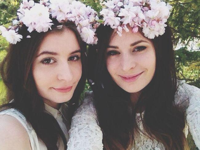 Flowers? Enjoying Life
