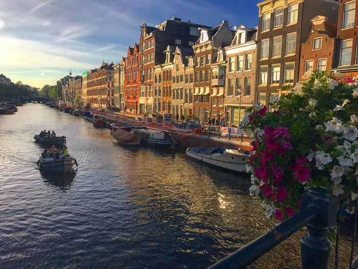 Building Exterior Architecture Built Structure Transportation Water Mode Of Transport Nautical Vessel Waterfront Canal Outdoors Day Sky City Moored No People Gondola - Traditional Boat Amsterdam Canal Boat 花に囲まれる幸せ 愛アムステルダム 阿姆斯特丹 Vanmoof