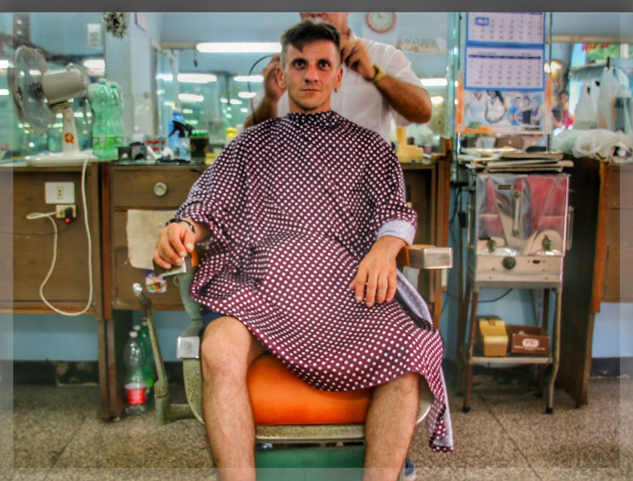 Cameraontripod Havanna, Cuba Self-portrait Self Portrait Hairdresser Hairstylist Haircut Hairstyle Looking At Camera Only Men One Man Only Adult One Person Adults Only Front View Standing Portrait People Indoors  Mature Adult Day Sitting