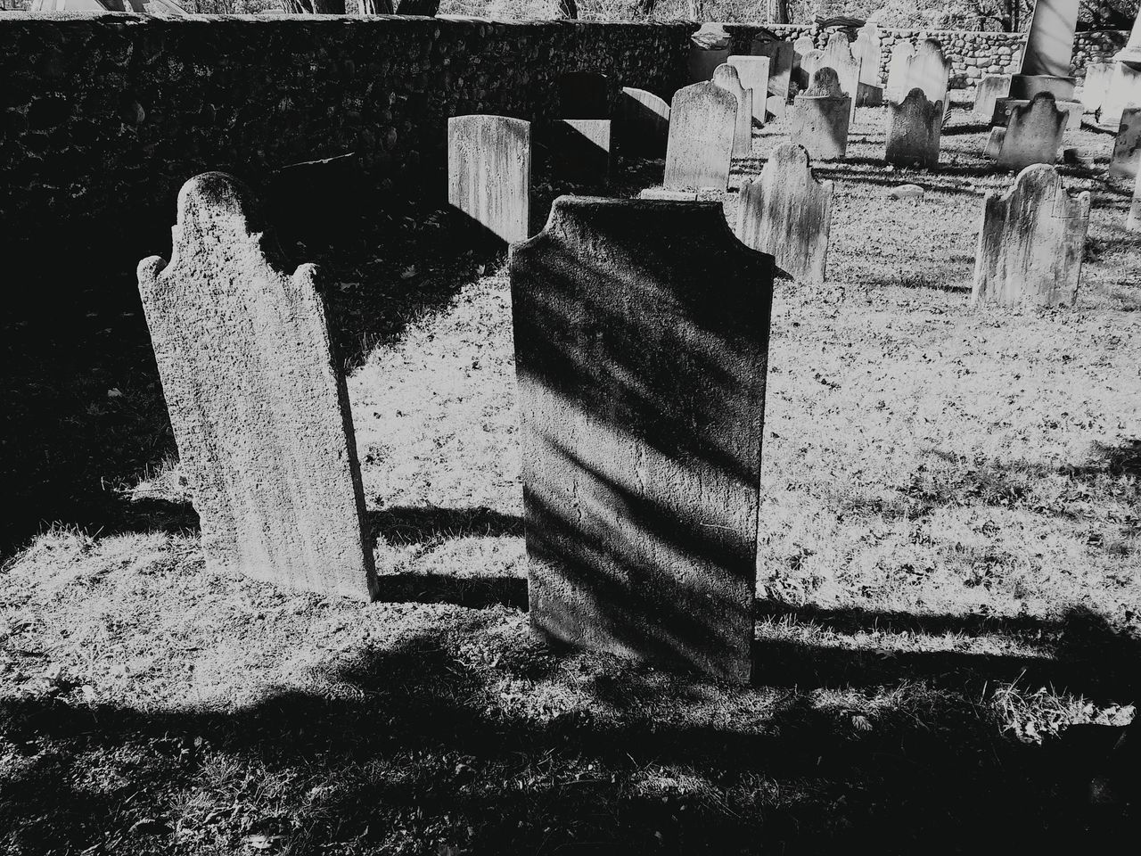 Life After Death UndergroundVoices Light And Darkness  Pattern, Texture, Shape And Form Cemetery_shots Looking To The Other Side VoicesInMyHead Historic Cemeteries Cemetery Photography