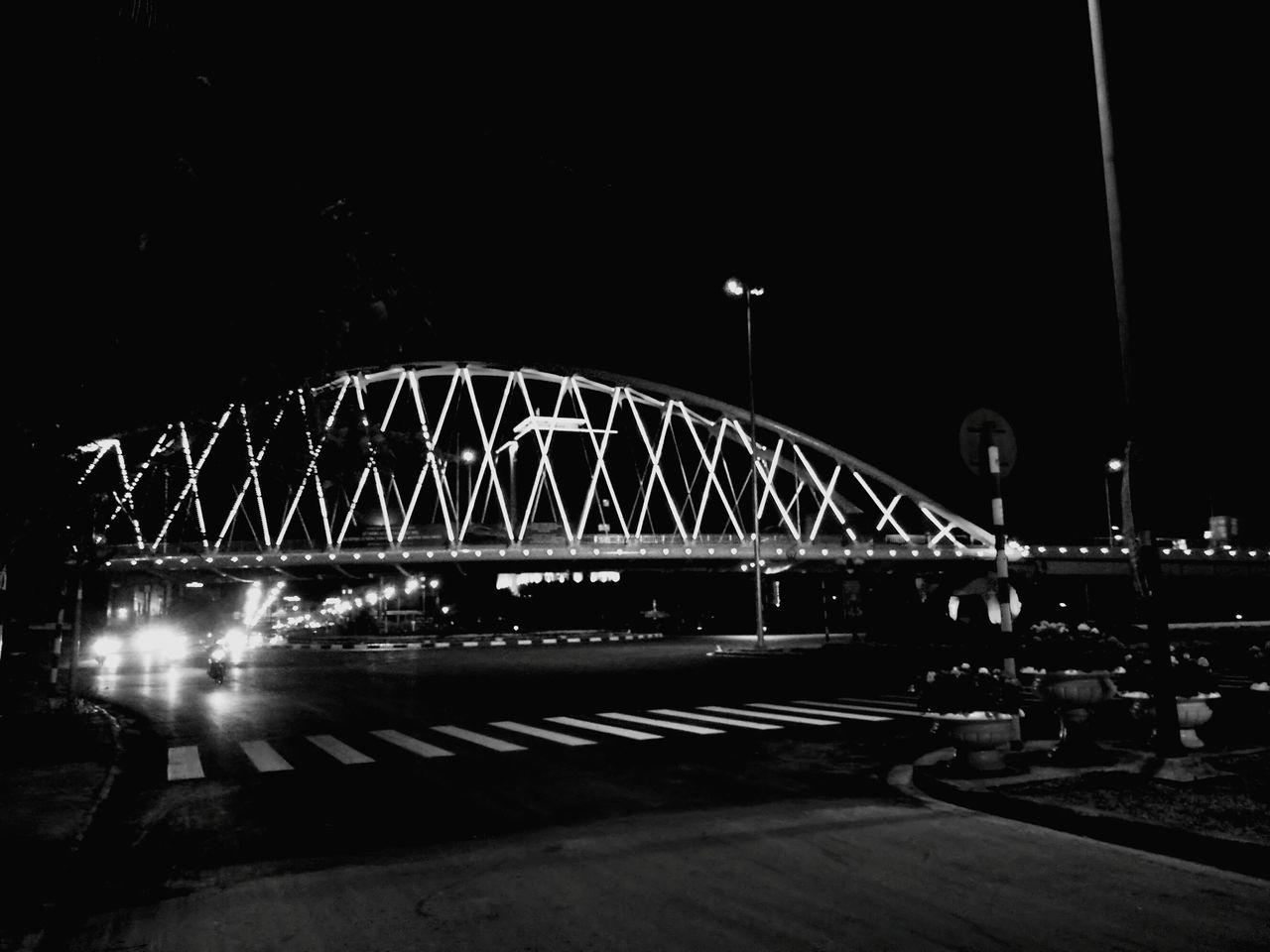 night, bridge - man made structure, illuminated, connection, architecture, built structure, outdoors, no people, transportation, travel destinations, city, water, sky, girder