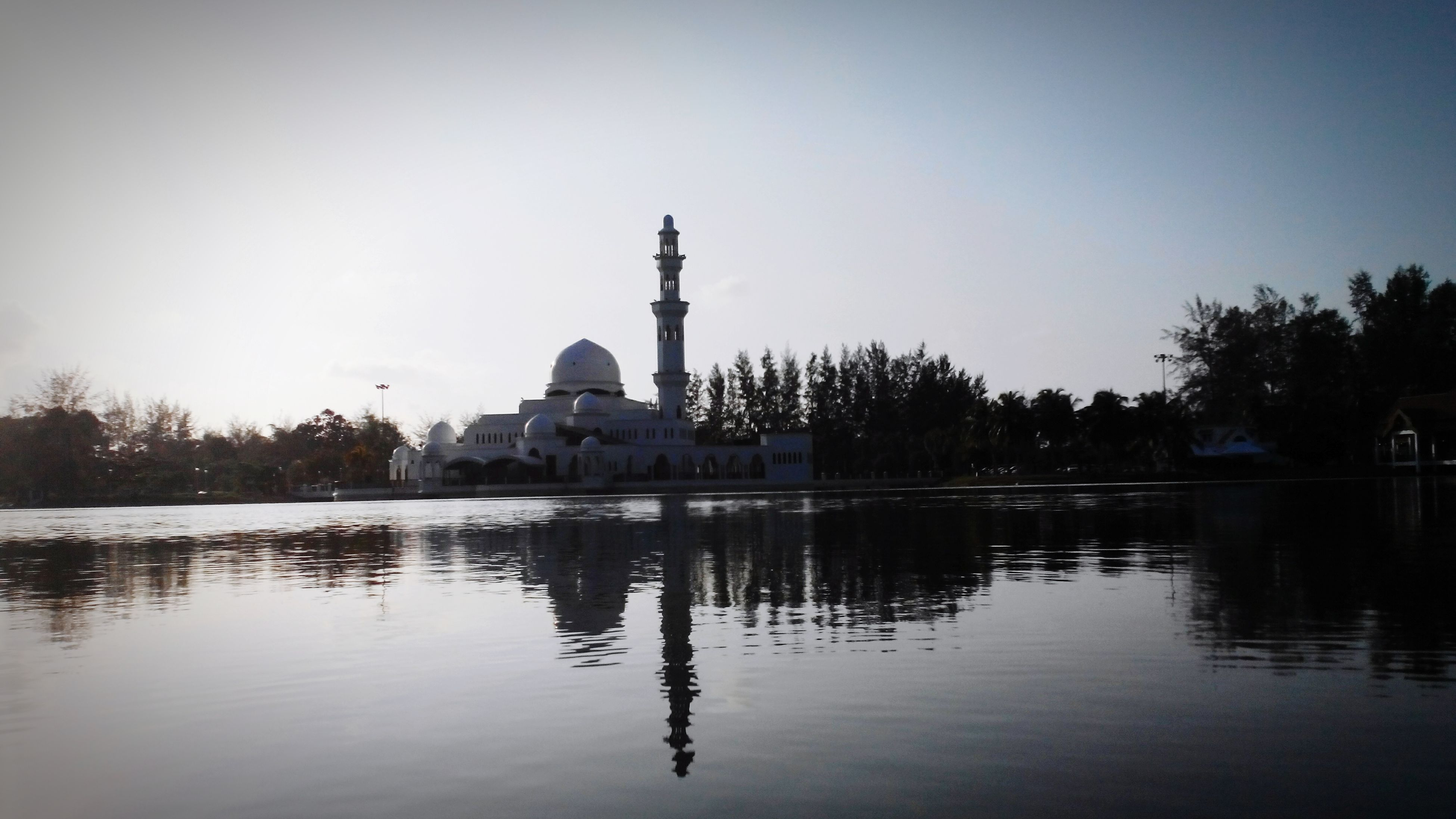 Mosque terapung