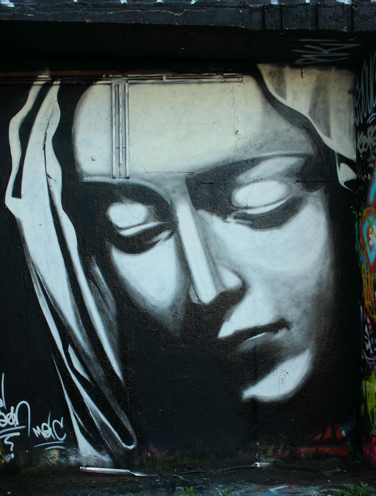 Art ArtWork Grafiti Jungfrau Maria Portrait Portrait Of A Woman