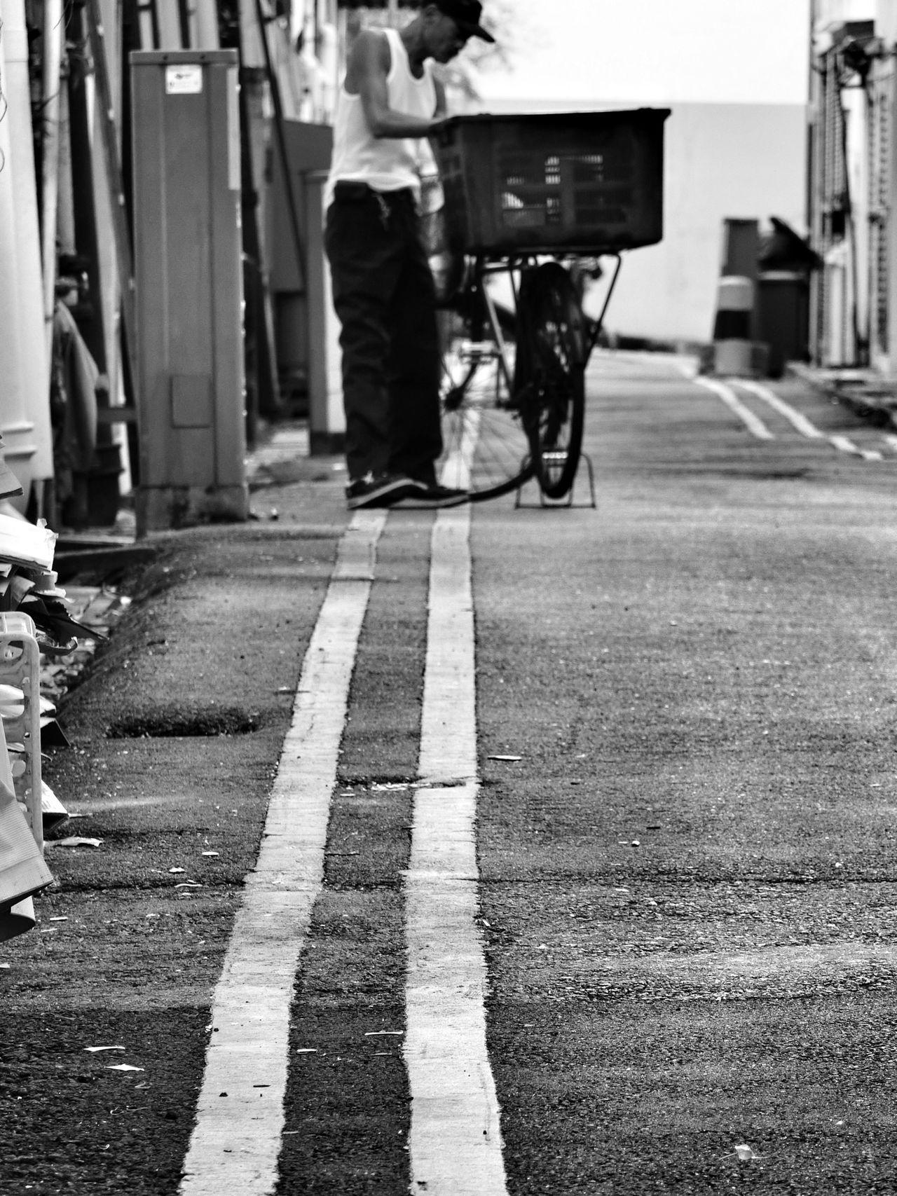 Streetphotography Street Photography Streetphoto_bw Black & White Black And White Blackandwhite Monochrome EyeEmChinatownPhotowalk