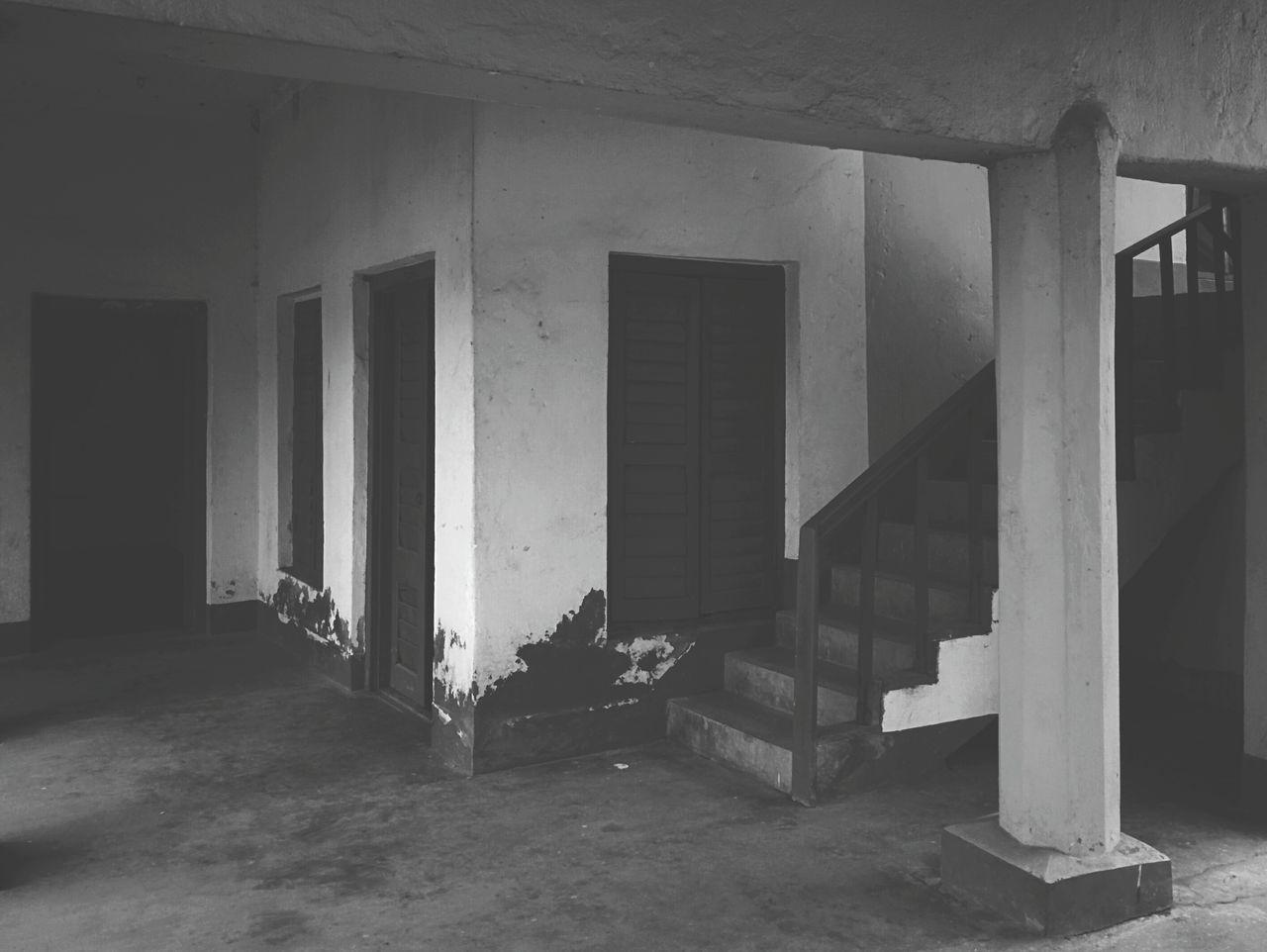 Architecture India Upanddown Stairs Arcitecture_bw Blackandwhite Photography Door DoorsAndWindowsProject Doors Blackandwhite Calcutta Black & White Loner Life