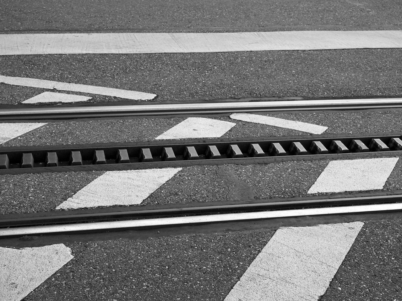 0711 Asphalt City Close-up Day Diminishing Perspective Empty Minimalism Mode Of Transport Monochrome My Point Of View No People Outdoors Pivotal Ideas Road Road Marking The Way Forward Transportation Vanishing Point Zacke Stuttgart Zahnradbahn