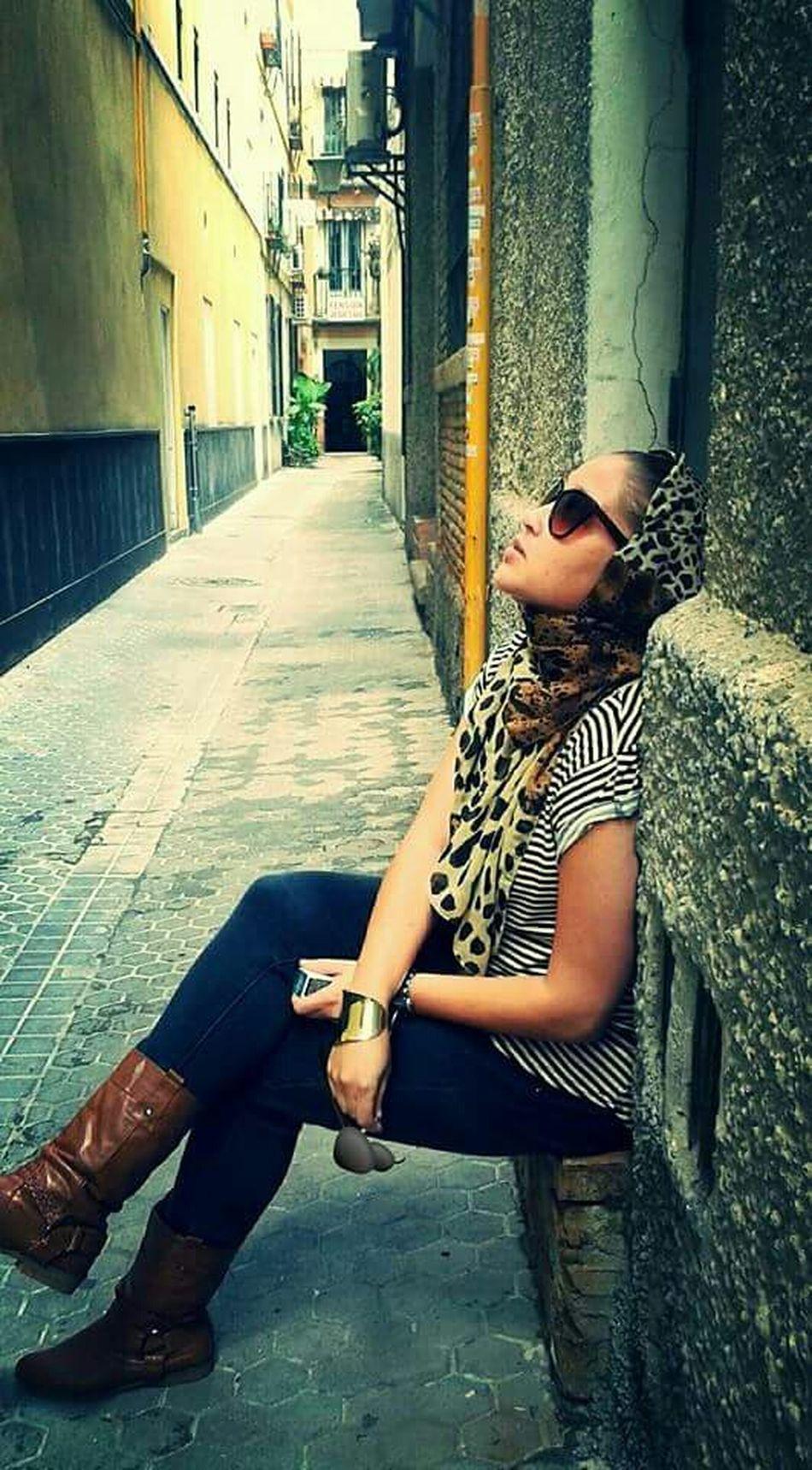 The Traveler - 2015 EyeEm Awards TheFashionist-2015EyeEmAwards The Portraitist - 2015 EyeEm Awards Photocredits2zaidaL Fashion Fashion&love&beauty Fashionista Moments SPAIN Beautifulgirls