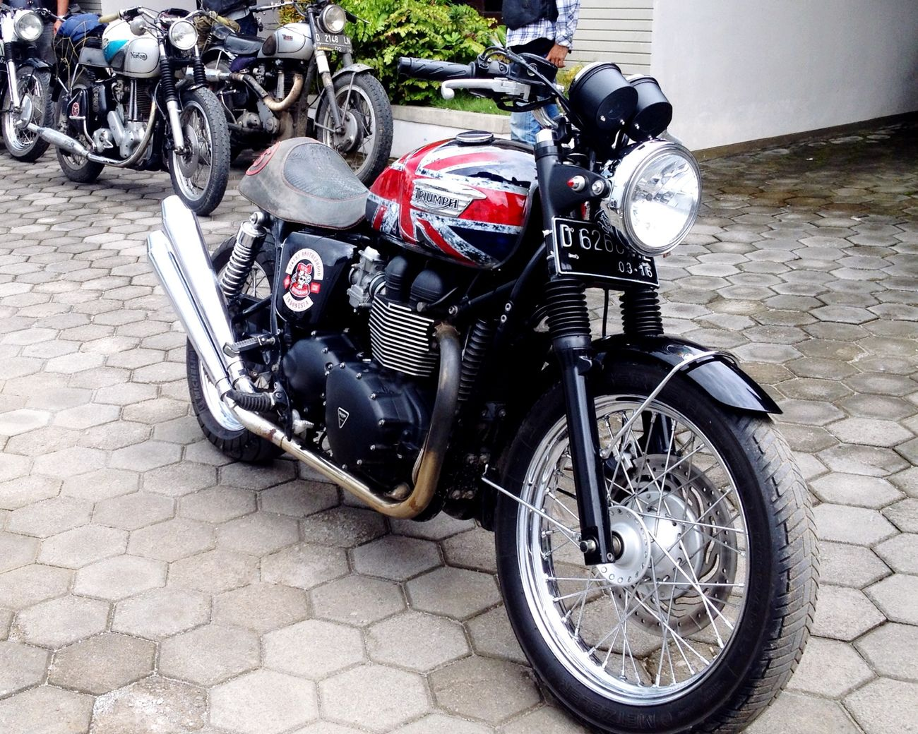 Triumph respect bike Old Classic Motorcycle Enjoying Life 1% Great Atmosphere Creative People Bikers Brotherhood Mc INDONESIA Triumphmotorcycles Norton Motorcycles Birmingham Small Arms