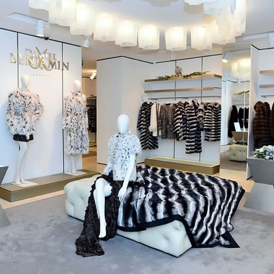 """Daniel Benjamin Geneva"" Boutique of Moscow, Bolshaya Dimitriwka 16. Danielbenjamingeneva Danielbenjamin Fur Chinchilla mink sable luxury glamour style instyle vogue fashion follow @danielbenjamingeneva"