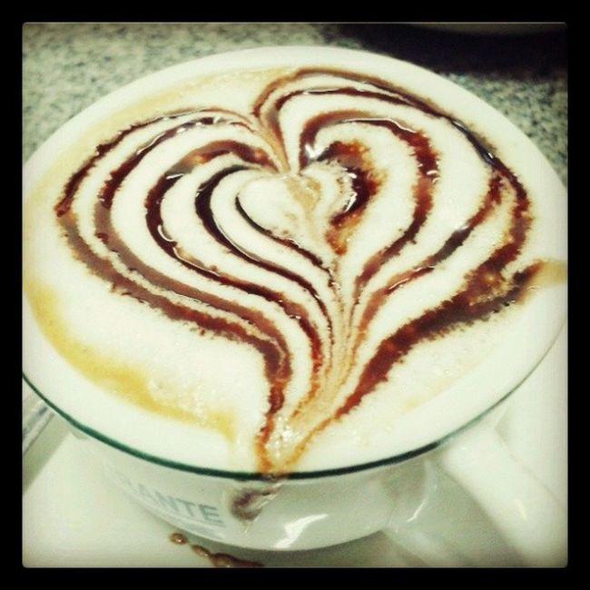 Bom dia mundo , café com amor é mais gostoso.. Cafeemsampa Campinasp Cooffe