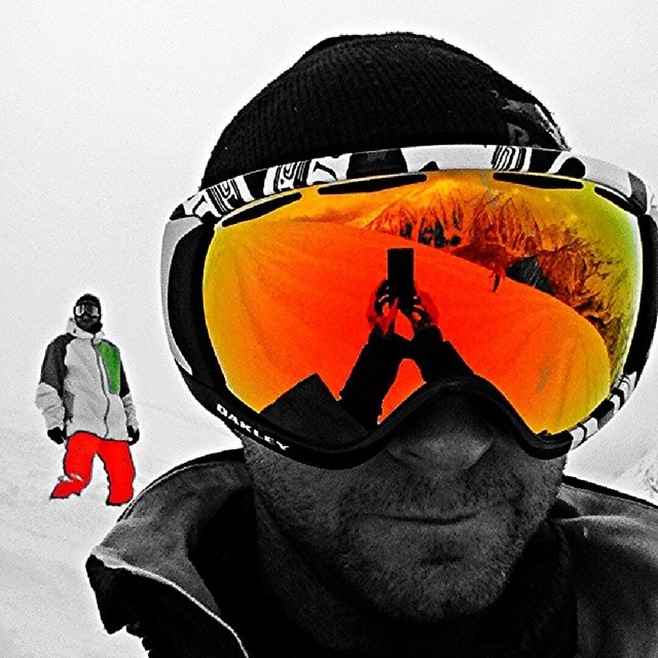 Same place... working again.. It's a hard life.. Prali Snowboard Snowboarding Freeriding Fuoripista Snow Mountain Alps Xperiaz 13laghi Oakley Burton  Ak  Photooftoday Colour_splashed Bnwitalian  Blackandwhite Blancoynegro Biancoenero Bwporn Bw_lovers Instagram Bestoftoday