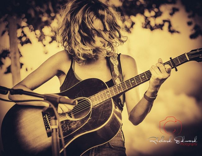 Emily Frantz of the North Carolina folk music duo Mandolin Orange Music Guitar Musician Acoustic Guitar