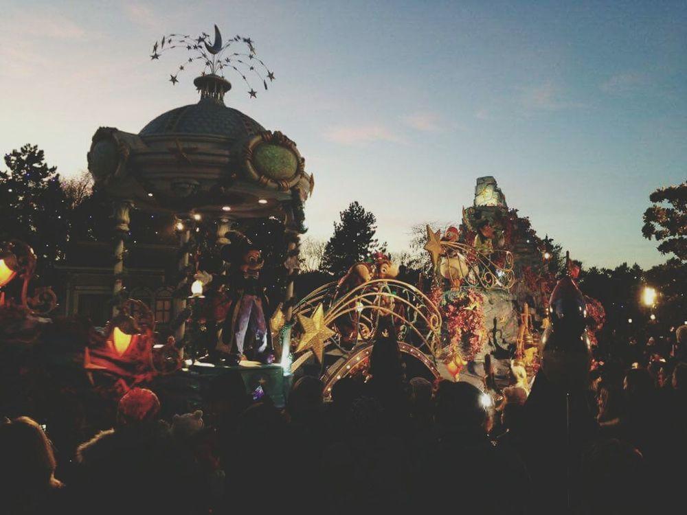 Disneyland Paris2015 HappyBirthday Magic Mickeyparade ILY Magicpeace