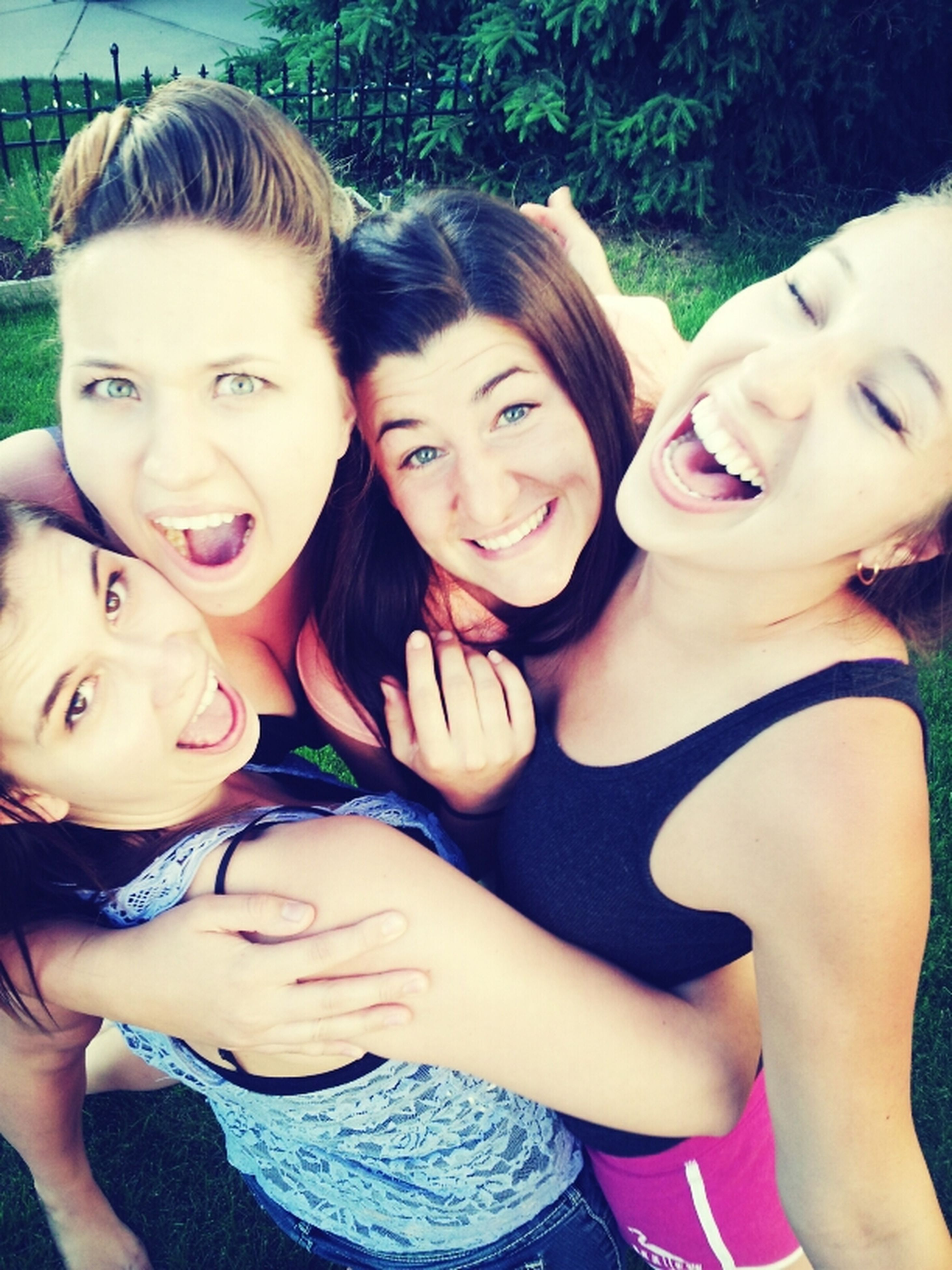 bonding, togetherness, person, love, lifestyles, happiness, smiling, looking at camera, portrait, leisure activity, family, friendship, young adult, front view, young women, childhood, sister, sibling