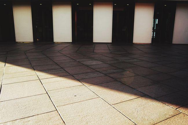 Streetphotography Japan EyeEm Gallery Gate Shadow Door No People Tokyo Building