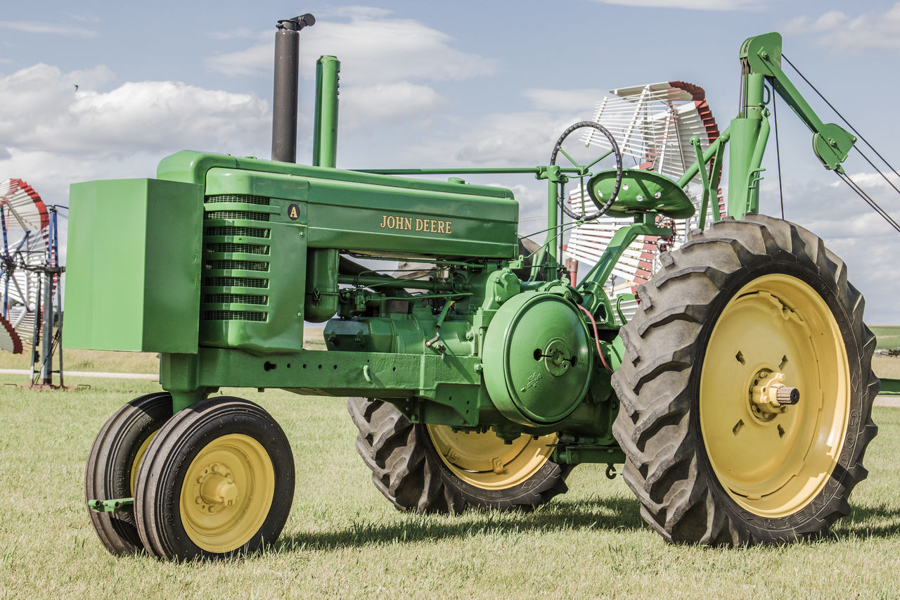 Agriculture Antique Cloud Green John Deere Tractor Agricultural Machinery Canon60d Canonphotography Day Field Johnny Popper Old Outdoors Restored Sky Two Cylinder Yellow