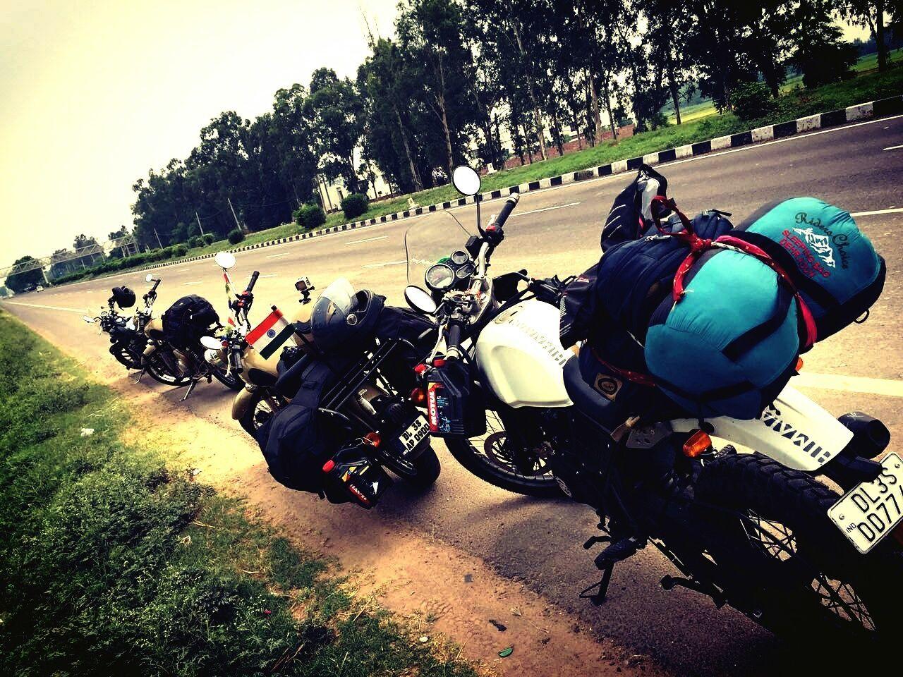 Roadtrip Roadbike Road Side Motorcycles Motorbike Motorcyclepeople Motorcycle Motor Motorcycle Photography Motorcyle Highway Highways&Freeways Highway Photography Showcase July