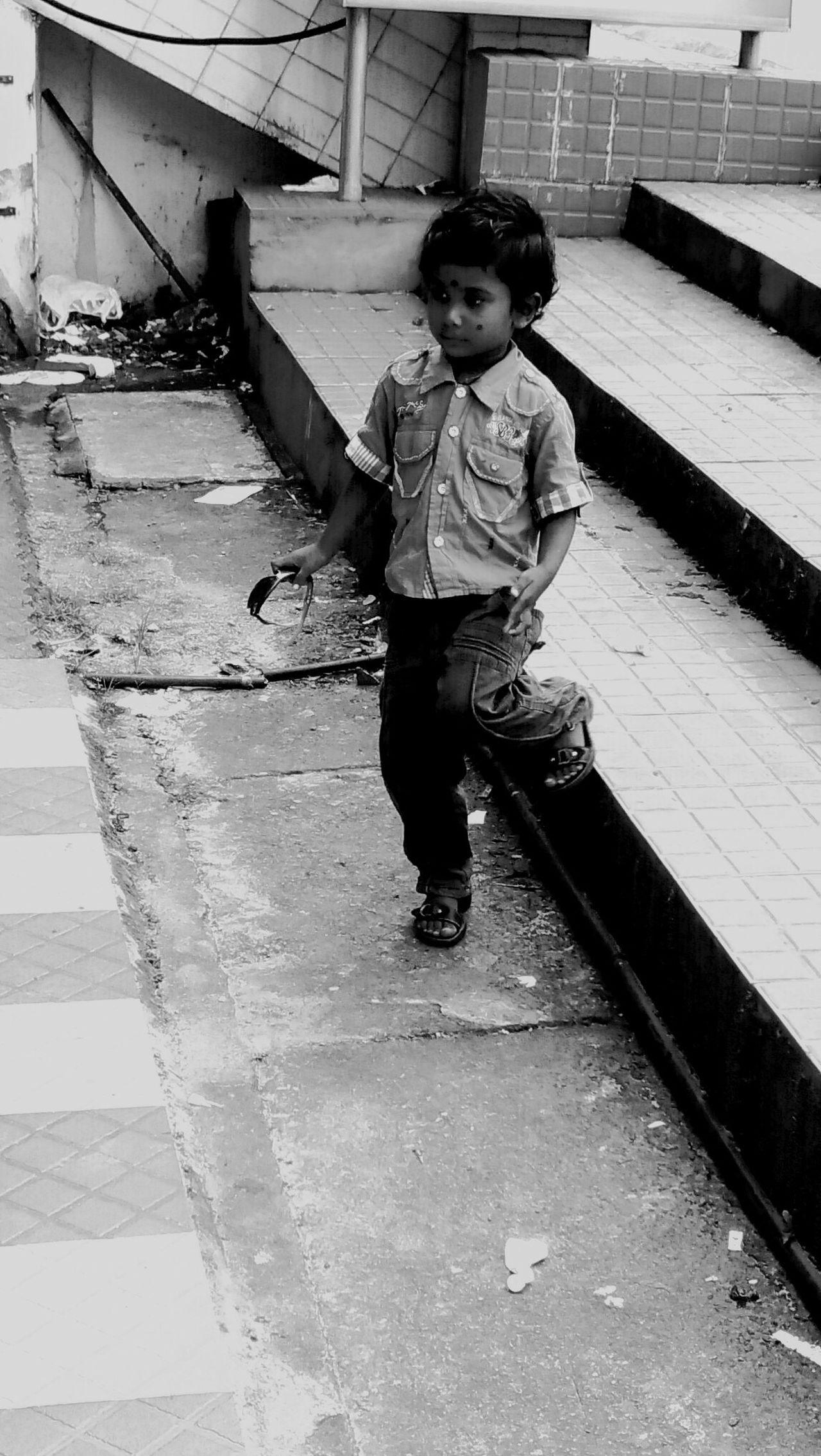 Child Kids Kerala Style India Indian Indian Culture  India_clicks Boys Boy Children Poor  Poorpeople Poor People  Poor Kids Poor Children Poorly Poor Kid EyeEmNewHere EyeEmNewHere