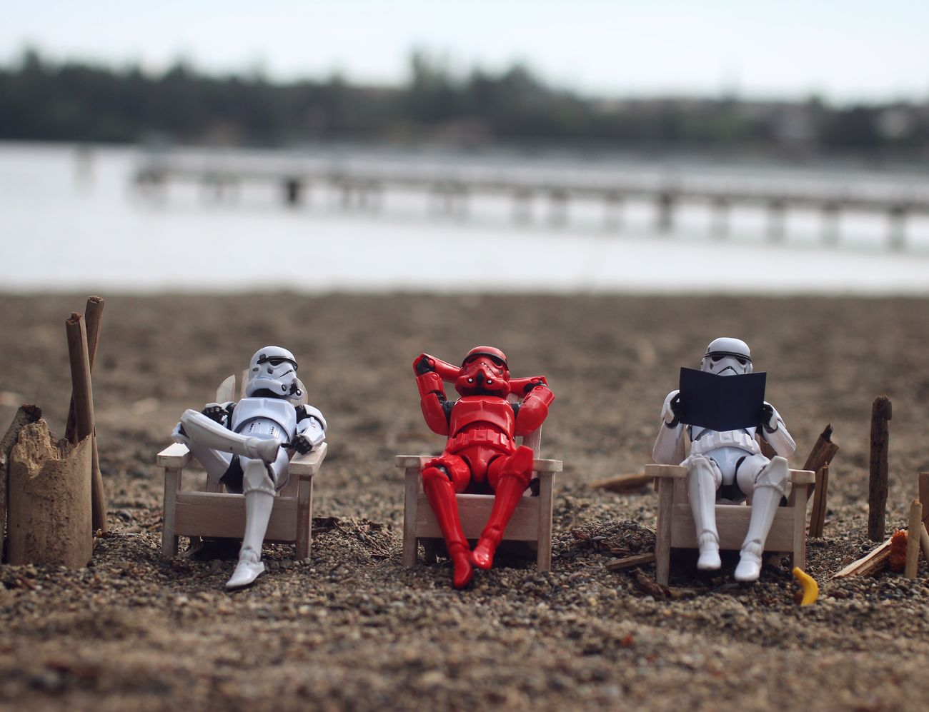 """""""Sun burn much?..."""" Happy StarWars Day!! And may the 4th be with you! :D MayThe4thBeWithYou Starwarsblackseries Stormtrooper Starwars Starwarsfigures Toyphotography Toycommunity Banana"""