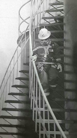"Capturing original picture (Kompas/Heru Sri Kumoro) on page 18th of Kompas Daily Newspaper (10/5/15) had titled ""Stasiun Pengumpul Minyak"". Pekerja Stasiunpengumpul Kilang Minyak"