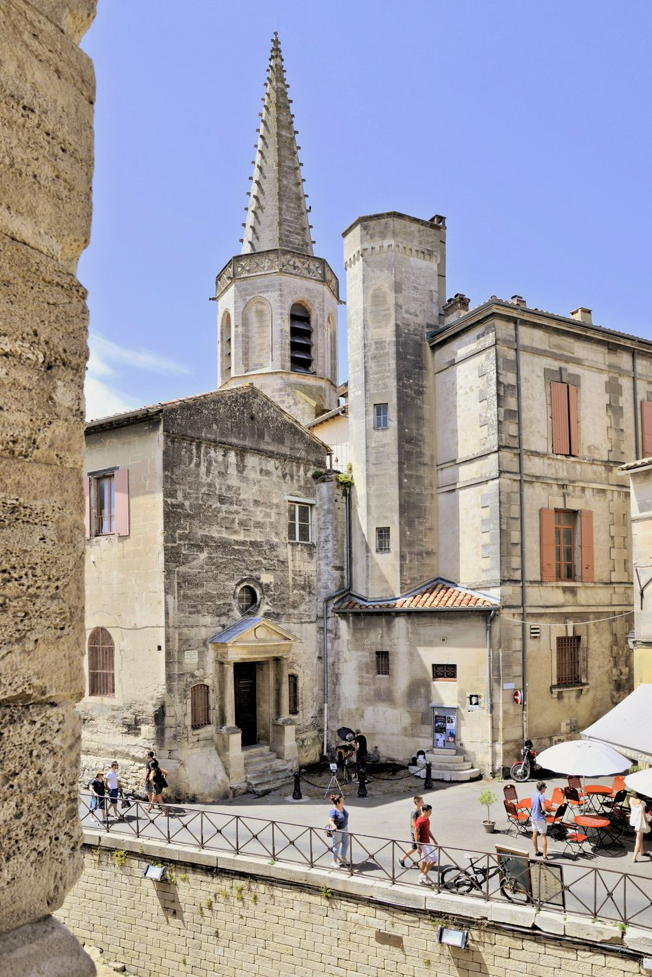 France 🇫🇷 Arles Provence Architecture Relaxing Everyday Joy Enjoying Life Holidays ☀ Hanging Out Summer Feelings