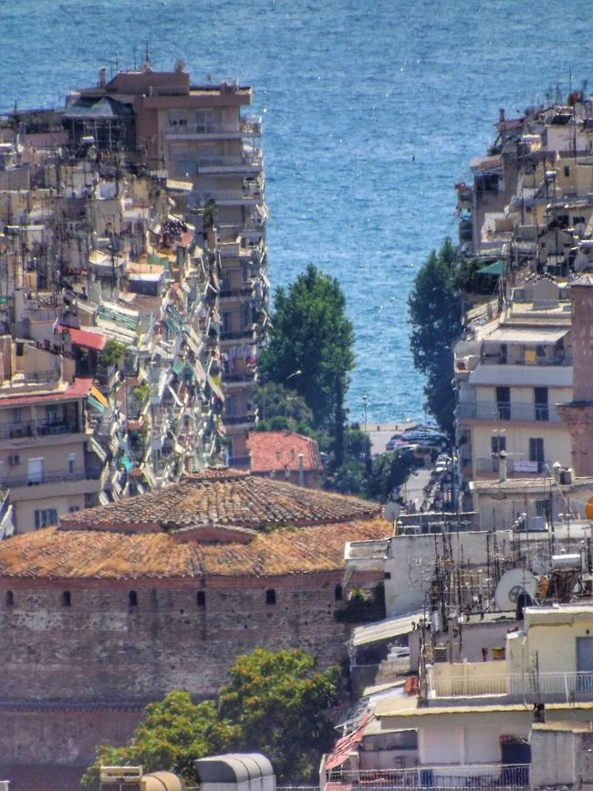 Buildings to the sea Buildings Sea Thessaloniki Greece Thessalonique Grece Batiments Mer