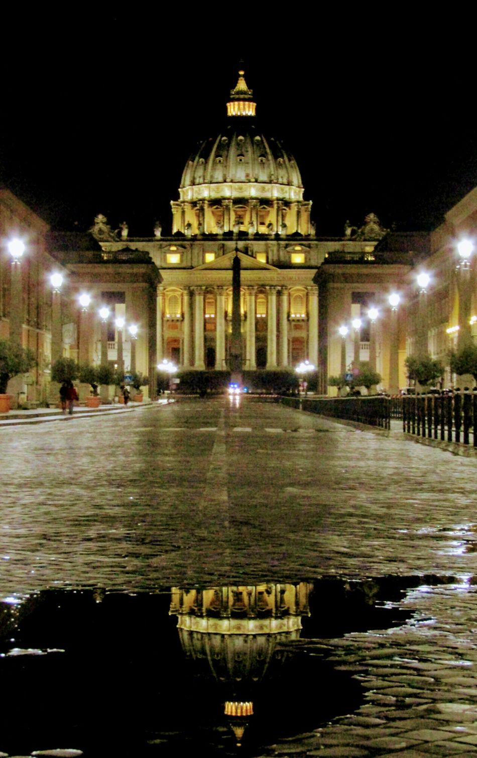 Night Illuminated Architecture City Saint Peter's Basilica Vatican 🇻🇦 Rome, Italy Rome By Night Reflection Darkness And Light