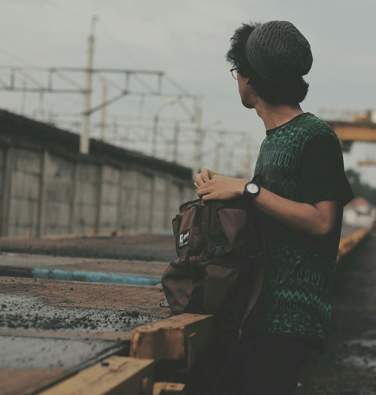 Hi! Instameetfashionbekasi Hello World Taking Photos Instameetbekasi Populer Photos That's Me Vscocam INDONESIA Alone