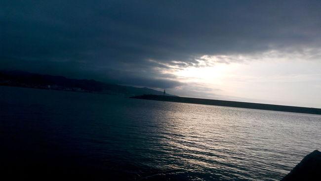 Taking Photos Very Quiet Hi! Sea And Sky Black Sea Very Black Creepy But Amazing Relaxing Türkiye Giresun Karadeniz Yine Kara ı Love My City