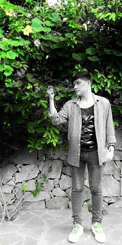 I will find you.... Taking Photos Hello World Lifestyle BoysBoysBoys Boy Cute Boy Vietnameseboy FreeTime Freedom Hi!