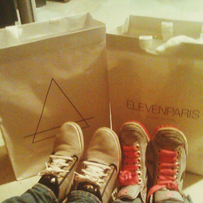eleven paris Shoes Shopping Fashion souvenir parís