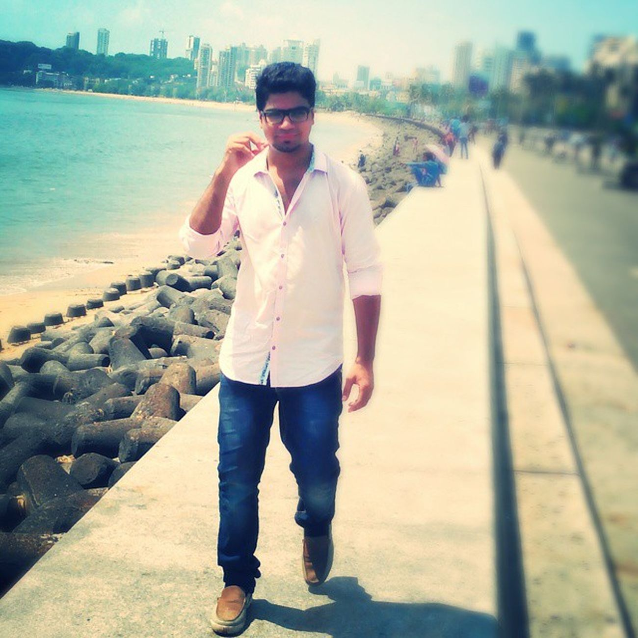 Candid photography Walking Sun Marinedrive Throwback Memories Instapic Memorableday
