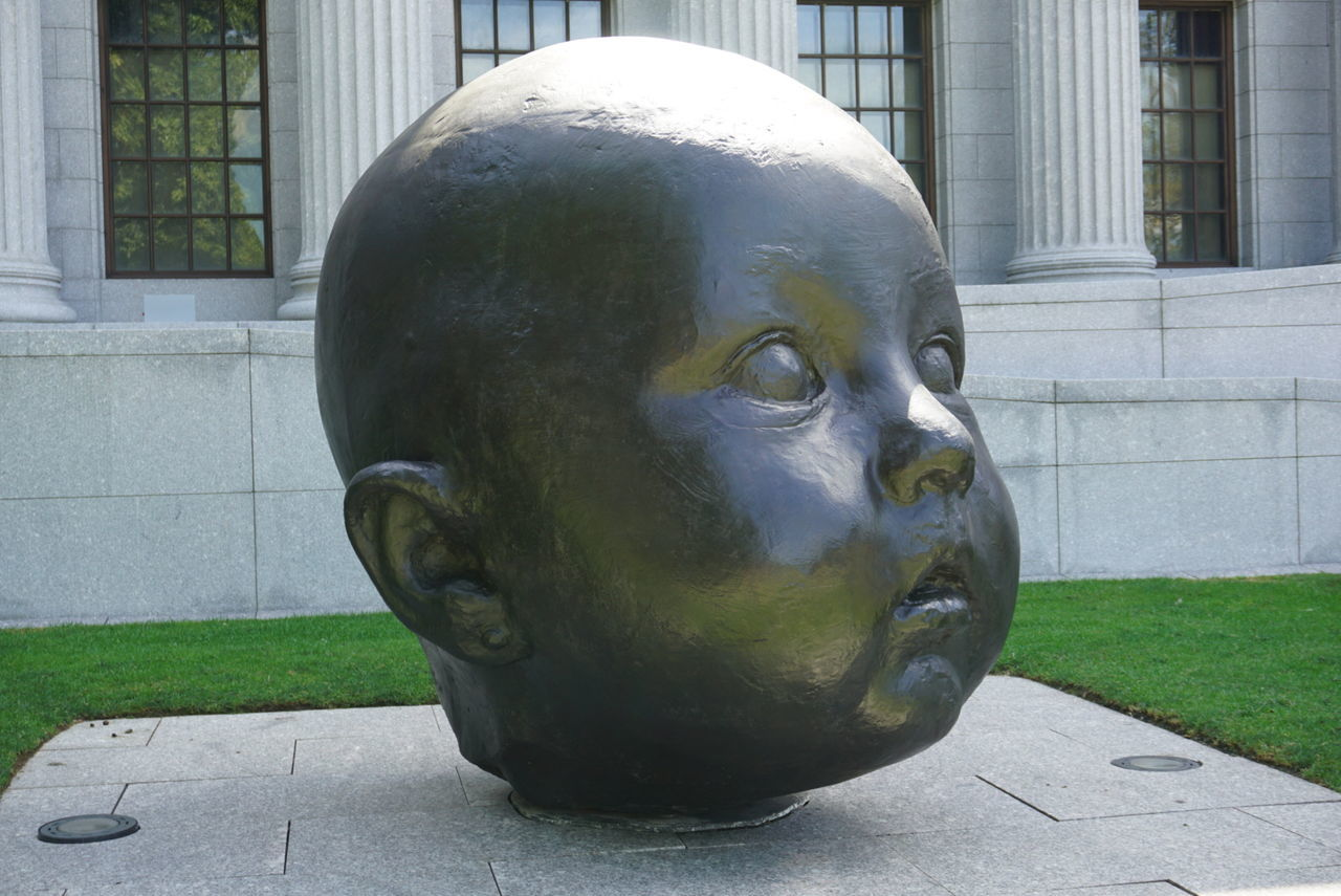 Museum Of Art Outside Art Outside Art Exhibit Baby Face Represent Day Open Eyes