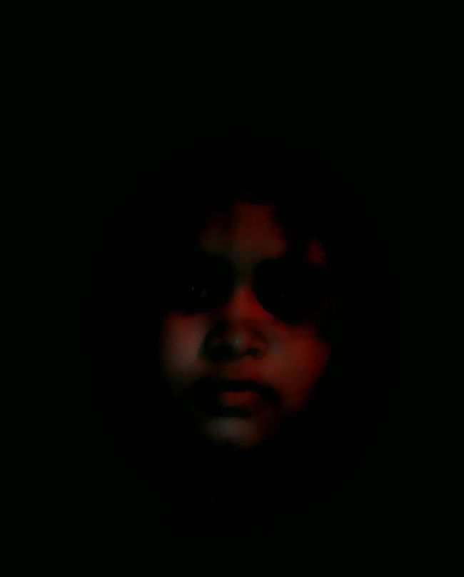 A face in the dark... Dark Photography Redface Dontcare Absurd Thoughts