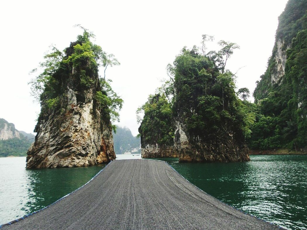 Relaxing Time Relaxing Ratchaprapa Dam Green Nature Moutain Lake Beauty In Nature Summer Water Day Tourism Vacation Thailand Travel Destinations Travel Tree กุ้ยหลินเมืองไทย Freshness Beauty
