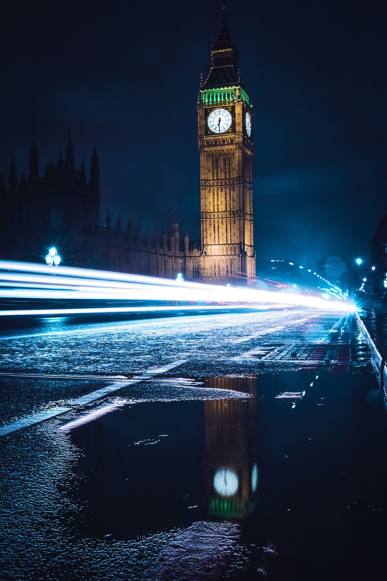 Night Illuminated Long Exposure Clock Clock Tower Architecture Building Exterior Travel Destinations Tower Built Structure No People Time Outdoors City Cultures Sky Midnight London Cityscape Urban Skyline