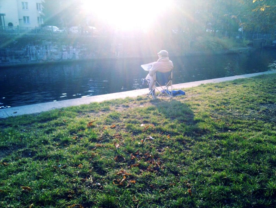 Beautiful stock photos of newspaper, Berlin, Canal, Chair, Day