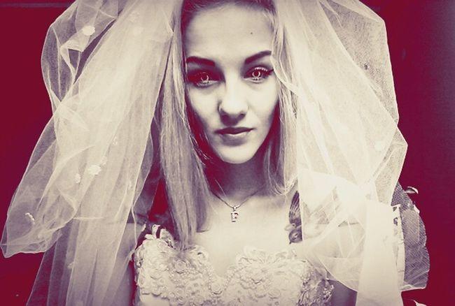 White&red Weeding Dontcare Lol :) Selfie✌ Fotosesja Dziendobry Whiteeyes Badwife