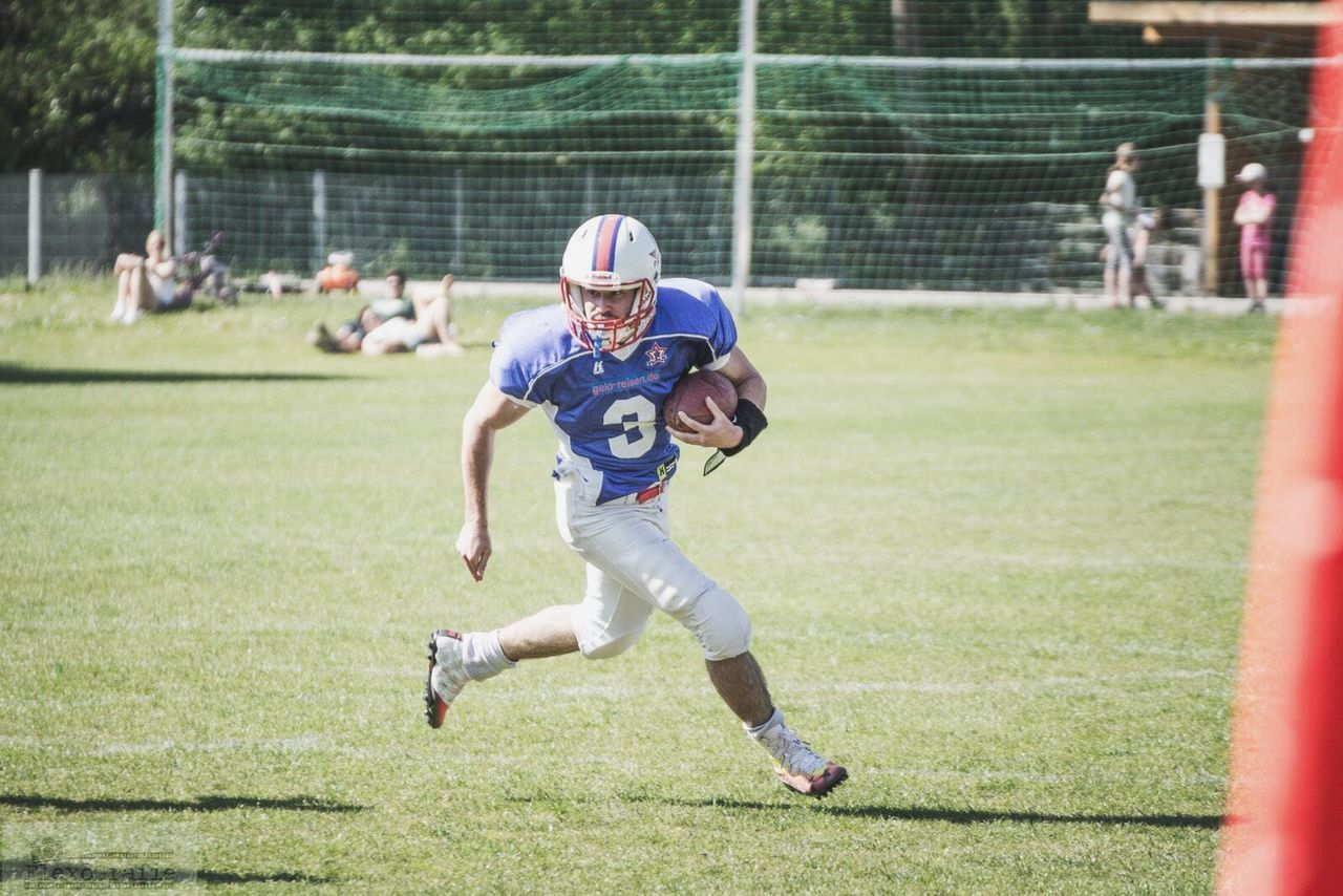 Beautiful stock photos of fußball, sport, child, athlete, competition