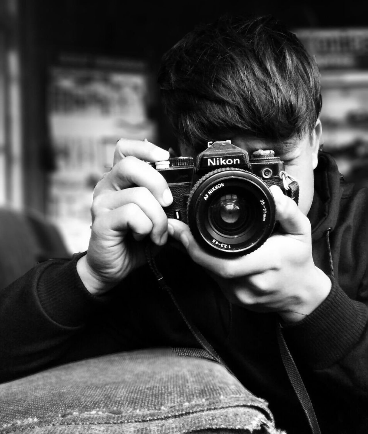 Photography Themes Camera - Photographic Equipment Photographing Retro Styled Holding One Person Adults Only People Photographer Indoors  Close-up Digital Single-lens Reflex Camera Day Old-fashioned Adult Young Adult EyeEmNewHere