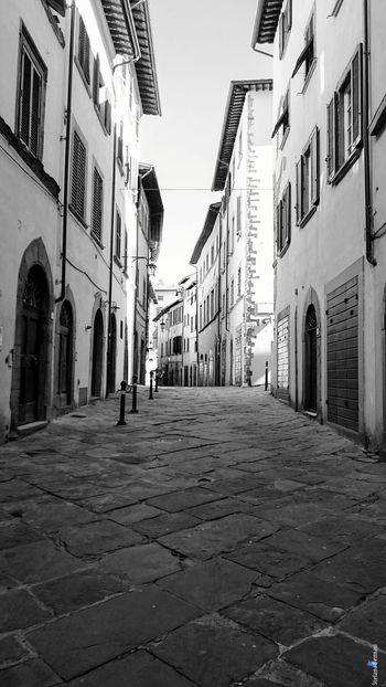 City The Week On EyeEm Arezzox Black & White Italy 🇮🇹 Xzpremium Xperia Arezzo Al Now! EyeEm ready City Street